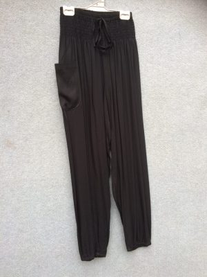 PT-21  Harem Pants – Black